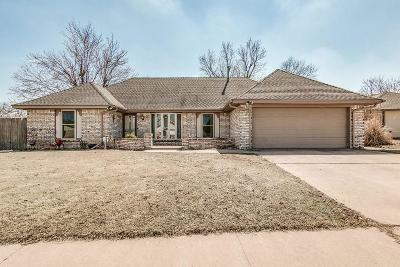 Oklahoma City Single Family Home For Sale: 1324 Lowrie Lane