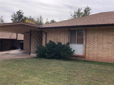 Oklahoma City Multi Family Home For Sale: 2025 NW 32nd Terrace