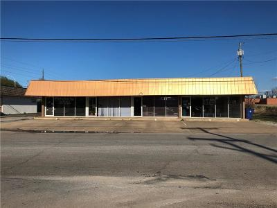 Chickasha Commercial For Sale: 2105 S 16th Street