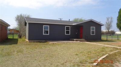 Altus Single Family Home For Sale: 821 N Forrest Street