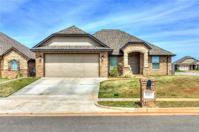Single Family Home For Sale: 8401 NW 141st Circle