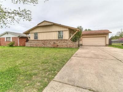 Oklahoma City Single Family Home For Sale: 2612 SW 65th Street