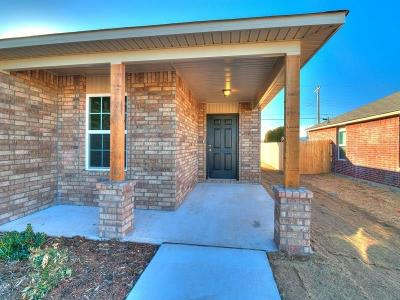 Noble Single Family Home For Sale: 1329 Sandstone Drive