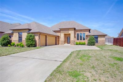Canadian County, Oklahoma County Single Family Home For Sale: 13141 Chinkapin Oak Place