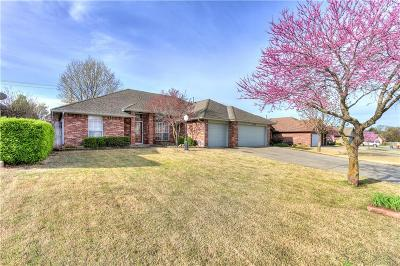 Midwest City OK Single Family Home Pending: $239,900