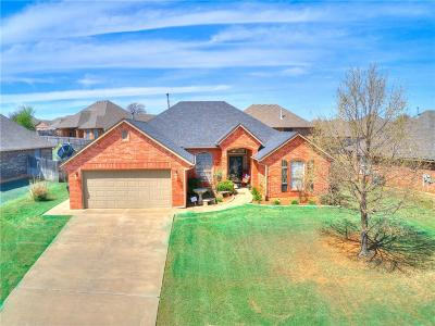 Midwest City Single Family Home For Sale: 10915 Blue Sky Drive
