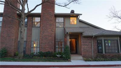 Oklahoma City Condo/Townhouse For Sale: 6204 Waterford Boulevard #23