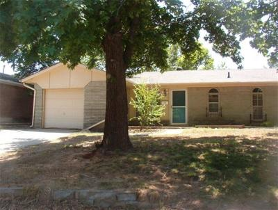 Norman Single Family Home For Sale: 2204 Hartford Drive