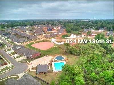 Edmond Single Family Home For Sale: 624 NW 186th Street