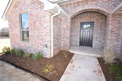Guthrie Single Family Home For Sale: 3511 First Capitol Circle