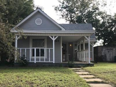 Mangum Single Family Home For Sale: 324 N Louis Tittle Avenue