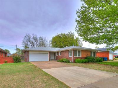 Midwest City Single Family Home For Sale: 217 W Pratt
