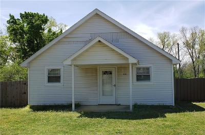 Midwest City Single Family Home For Sale: 9610 SE 4th Street