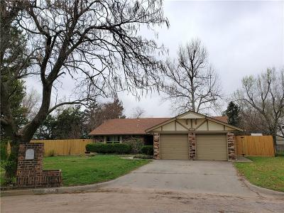 Oklahoma City Single Family Home For Sale: 8124 Westwood Circle