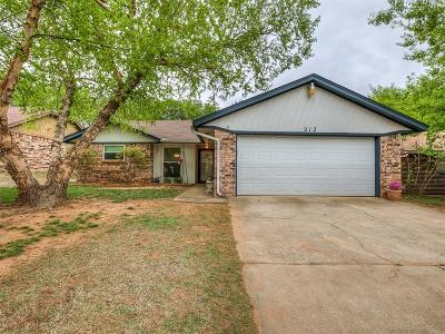 Midwest City Single Family Home For Sale: 212 Oak Tree Drive