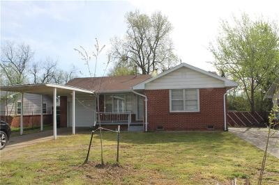 Norman Single Family Home For Sale: 933 N Berry Road