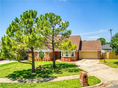 Norman Single Family Home For Sale: 2920 Leaning Elm Drive