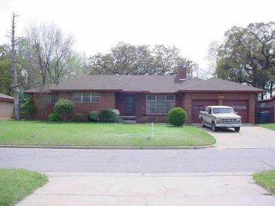 Oklahoma City Multi Family Home For Sale: 1320 NE 47th Street