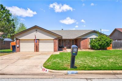 Oklahoma City Single Family Home For Sale: 13 Corona Drive