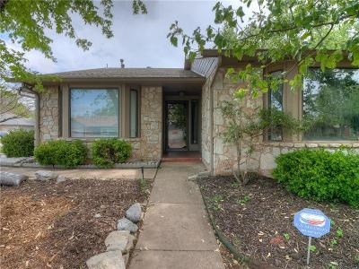 Edmond Single Family Home For Sale: 308 N Rockypoint Drive