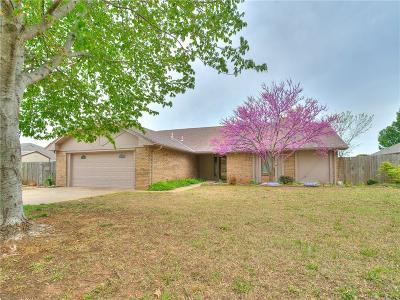 Chickasha Single Family Home For Sale: 111 Christopher Drive