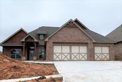 Edmond Single Family Home For Sale: 8200 Crew Lane