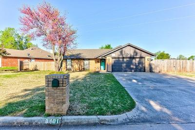 Oklahoma City Single Family Home For Sale: 8401 N McKee Boulevard