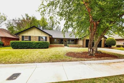 Oklahoma City Single Family Home For Sale: 2332 NW 112th Terrace