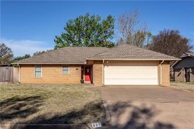 Weatherford Single Family Home For Sale: 601 Walnut Avenue