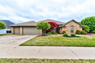Oklahoma City Single Family Home For Sale: 9216 SW 25th Street