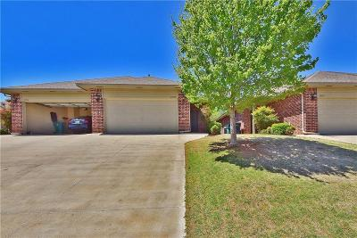 Edmond Attached For Sale: 13715 Oxford Drive