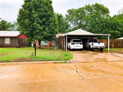 Midwest City Single Family Home For Sale: 4300 N Shadybrook Drive