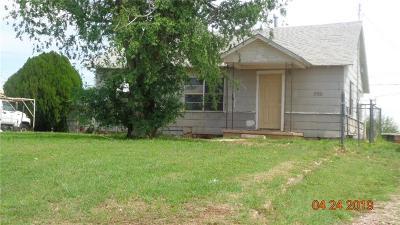 Altus Single Family Home For Sale: 906 N Jackson Street