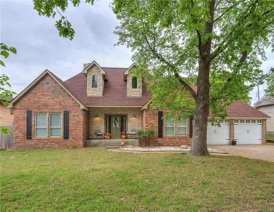 Oklahoma City Single Family Home For Sale: 7108 NW 7th Street