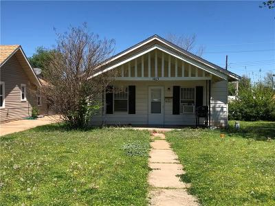 Elk City Single Family Home For Sale: 1403 W Broadway Avenue