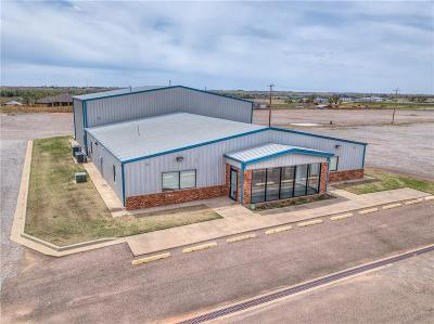 Elk City Commercial For Sale: 1000 Industry