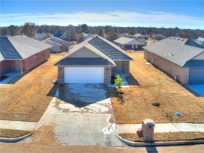Midwest City Single Family Home For Sale: 8628 Hillridge Drive