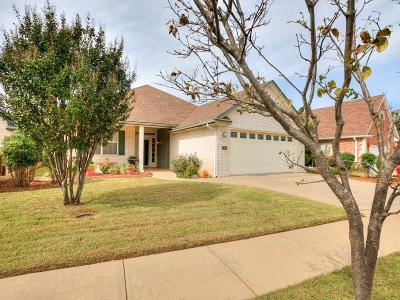 Norman Single Family Home For Sale: 120 Olde Brook Court