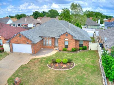 Single Family Home For Sale: 5616 Woodmont Drive