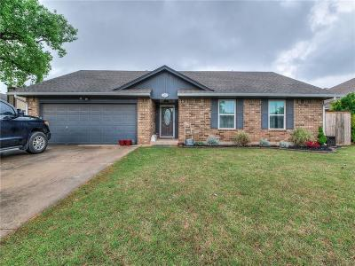 Mustang Single Family Home Pending: 429 W Branches Way