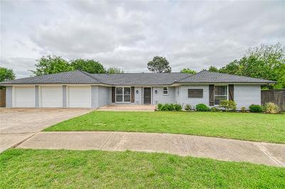Norman Single Family Home For Sale: 1233 Crossroads Court