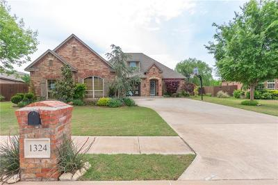 Edmond Single Family Home For Sale: 1324 Glen Cove Drive