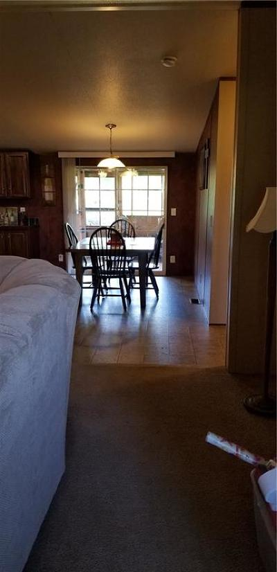 Shawnee Single Family Home For Sale: 102 Valley View Drive