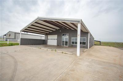 Beckham County Commercial For Sale: 1819 S Randall