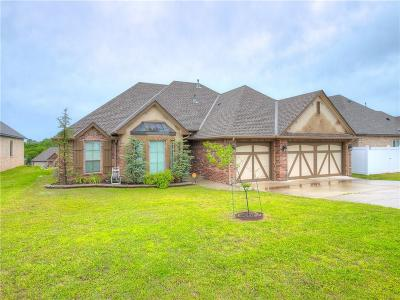 Single Family Home For Sale: 2418 Shady Hollow