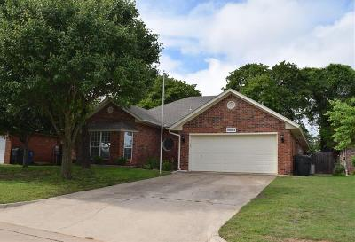 Midwest City Single Family Home For Sale: 10005 Forest Lane