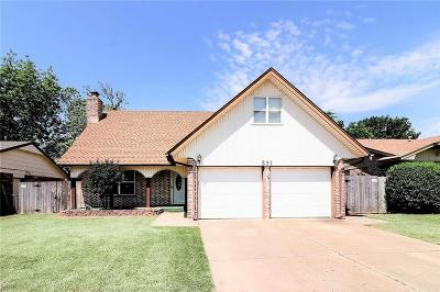 Moore OK Single Family Home For Sale: $147,000