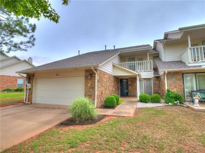 Edmond Condo/Townhouse For Sale: 613 Doe Trail