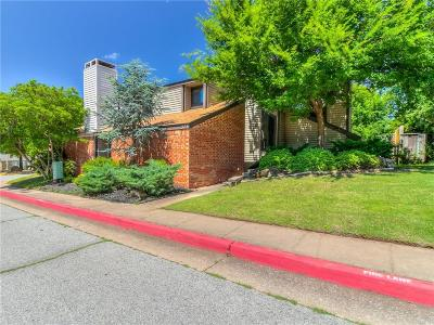 Edmond Condo/Townhouse For Sale: 323 Timberwind Road
