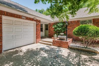 Oklahoma City Single Family Home For Sale: 2137 Huntleigh Drive